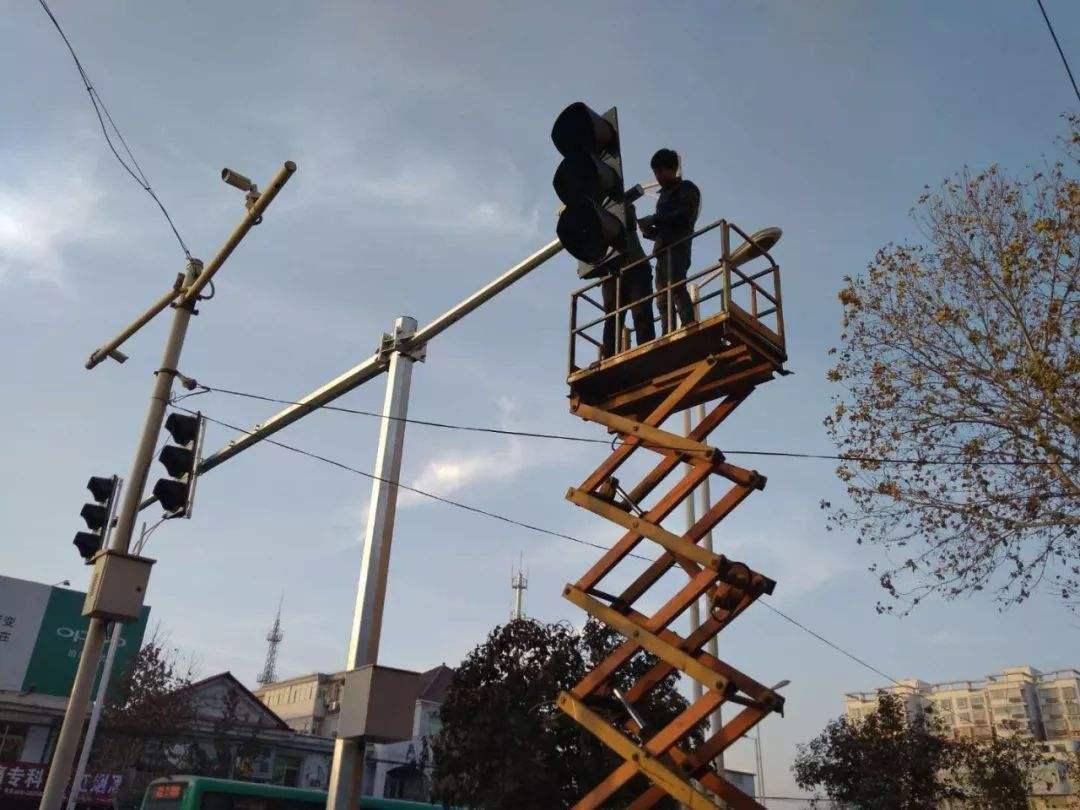 信号灯安装维修